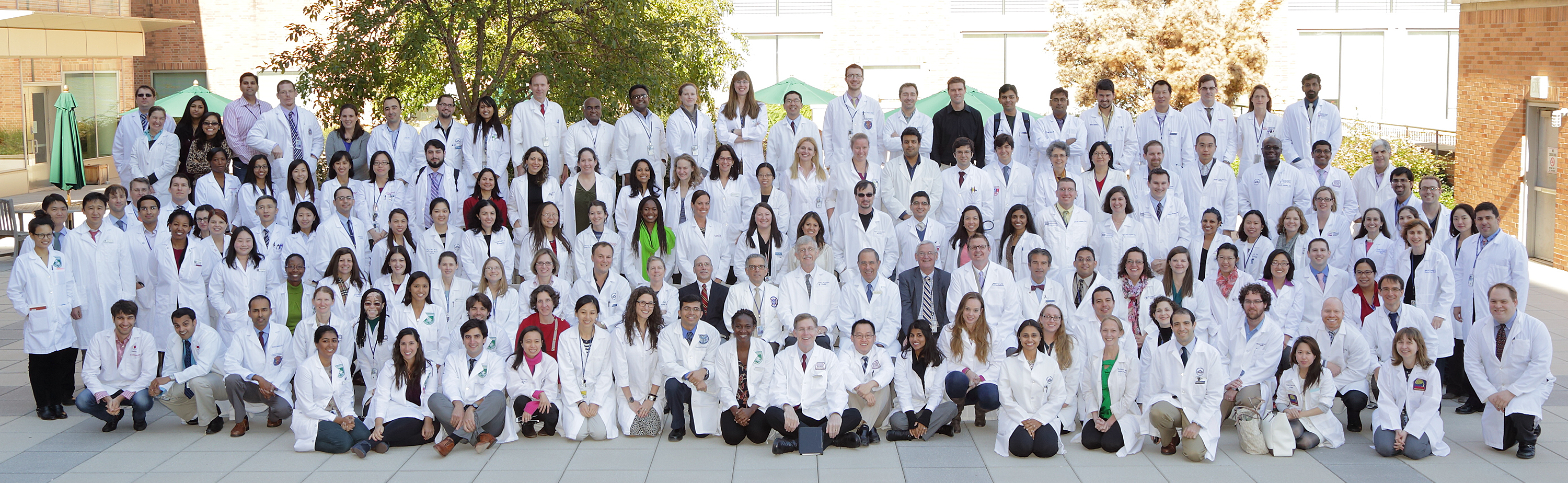 Group photo of NIH clinical fellows and faculty